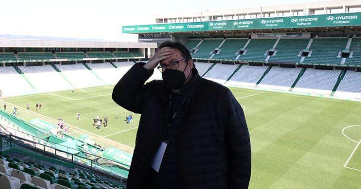 Rafa Fernández analizó desde la grada de El Arcángel la decepción del cordobesismo tras el doble palo recibido ante el Betis Deportivo.