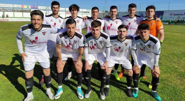 El once del CD Pozoblanco que pudo con el Sevilla C y que llevó a los vallesanos a salir de la zona de descenso por primera vez en la temporada.