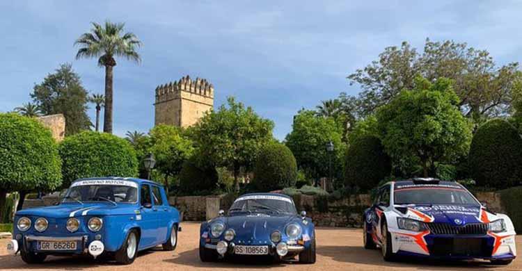 Tres prototipos de los 152 coches que participarán lucen en el Alcázar de los Reyes Cristianos en la previa de la 38ª edición.Tres prototipos de los 152 coches que participarán lucen en el Alcázar de los Reyes Cristianos en la previa de la 38ª edición.