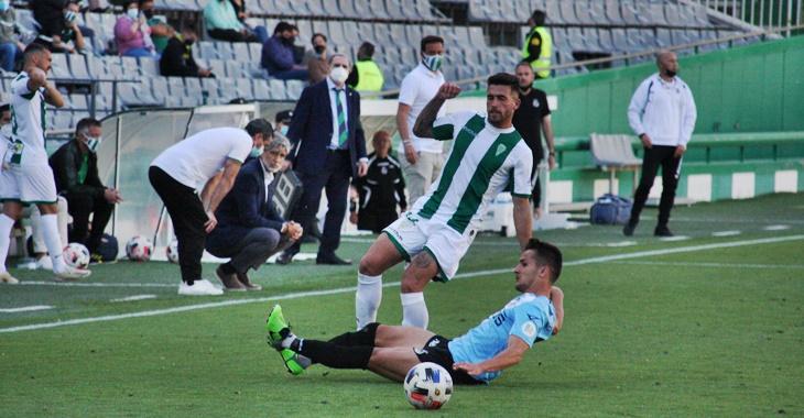 Alex Robles en el fatídico partido ante el Linense en El Arcángel
