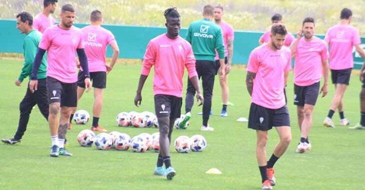 Djetei, tras cumplir un partido de sanción, será una de las novedades del once en Cádiz.