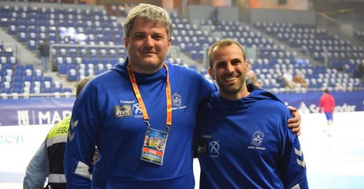 Felices. Paco Bustos y Miguel Ángel Moriana sonriendo durante la Final a 8 de la Copa del Rey.