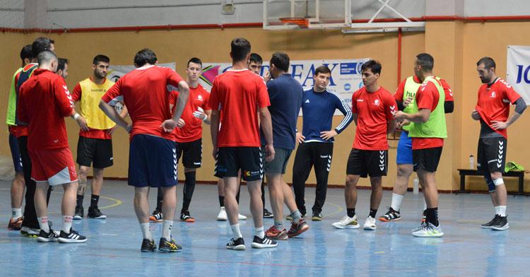 El Cajasur Córdoba de Balonmano preparando la visita al Barça B en Fátima. Foto: CBM