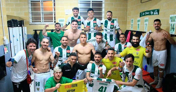 La alegría del Córdoba Patrimonio tras la victoria frente al UMA Antequera (3-0).
