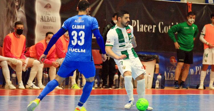 Jesús Rodríguez en el partido de ida en tierras manchegas. Foto: Viña Albali Valdepeñas FS