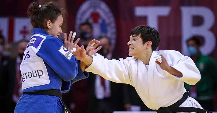 Julia Figueroa en acción.