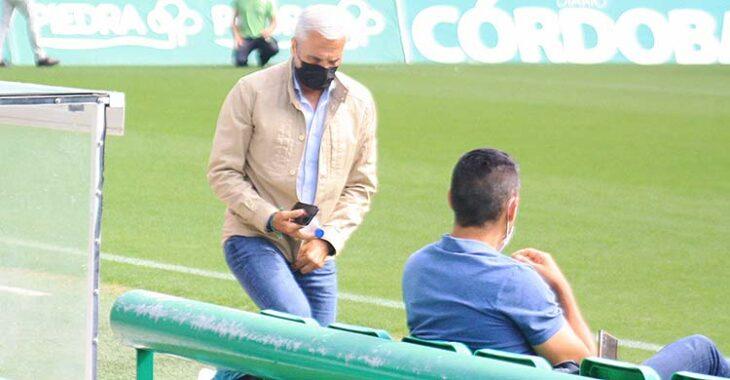 Miguel Valenzuela junto a Juanito en la primera sesión de trabajo de Germán Crespo.