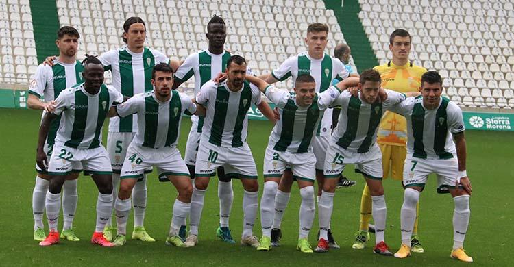 El primer once de Germán Crespo con el primer equipo.