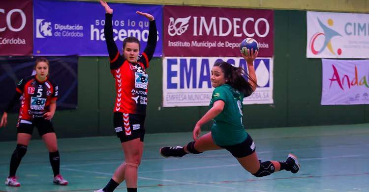 El Adesal no puede fallar en casa ante el Pereda. Foto: Fran Pérez / Balonmano Adesal