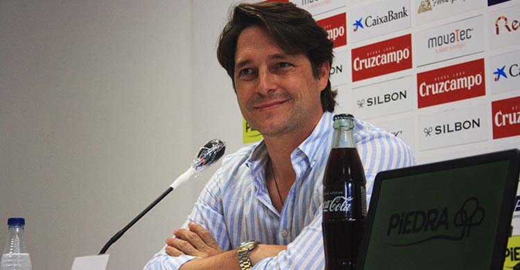 Sonriente. Adrián Fernández-Romero en la despedida de Miguel Valenzuela.