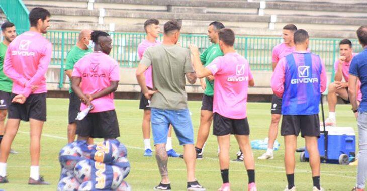 Bernardo Cruz y Sidibé el último día de entrenamientos durante la despedida de Germán Crespo.