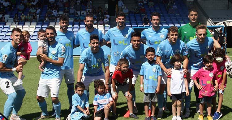 El once del Ciudad de Lucena ante el Ceuta.