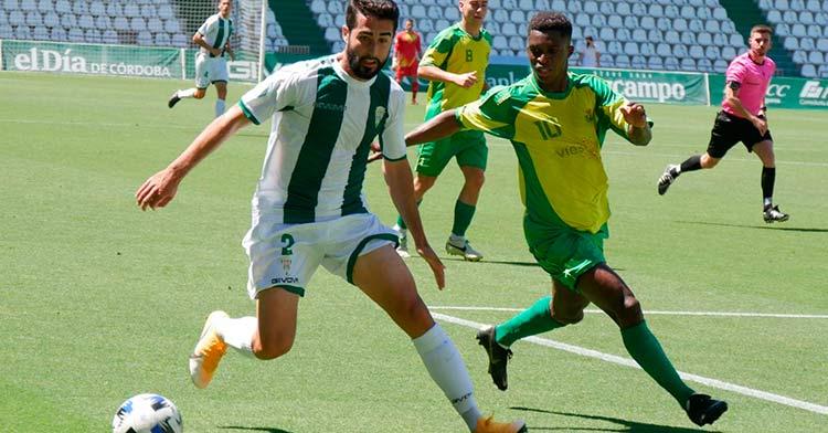 Un lance del Córdoba B 8-2 Los Barrios.