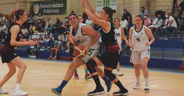 Una imagen del partido entre Dobuss Córdoba Basket y Náutico de Sevilla.