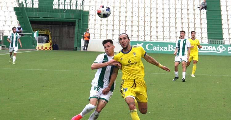 El partido ante el Cádiz B cerró 22 temporadas del Córdoba en Segunda B. Autor: Paco Jiménez