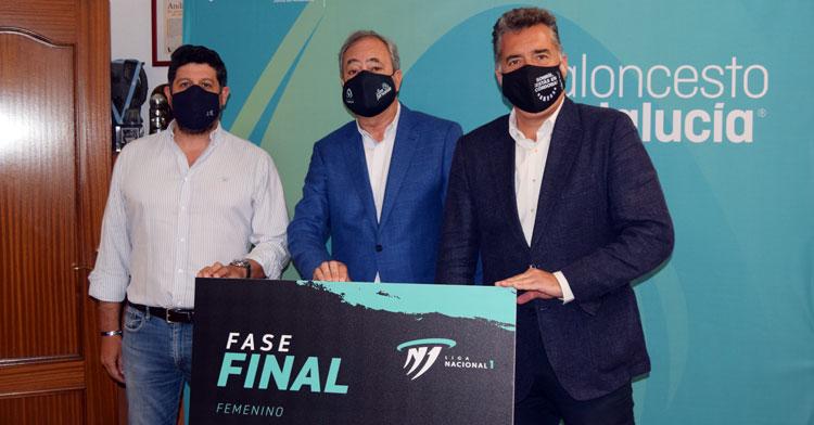 Sebastián del Rey, Antonio del Torres y Manuel Torrejimeno en la presentación
