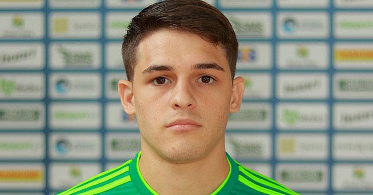 Viana en la foto de plantilla de su anterior club. Foto: http://2019.bts.rekord.com.pl