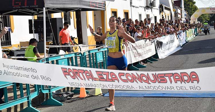 La ganadora de la última edición celebrada de la Media Maratón de Almodóvar del Río en 2019.