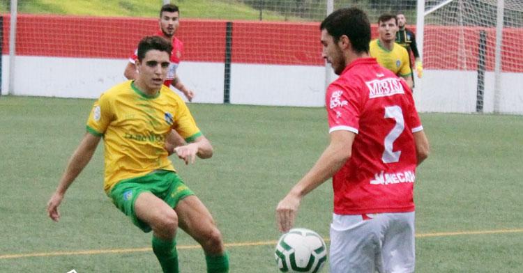 Una imagen del partido entre Espeleño y Montilla esta pasada temporada. Foto: Montilla CF