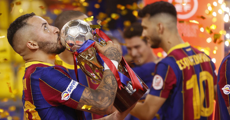 El Barça alzó la liga más compleja. Foto: RFEF Futsal