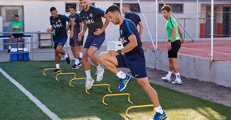 Hugo Díaz pasando los test físicos con el Linares previos al primer día de pretemporada.