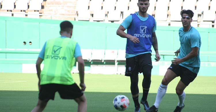 El valenciano José Ruiz durante un entrenamiento en El Arcángel.