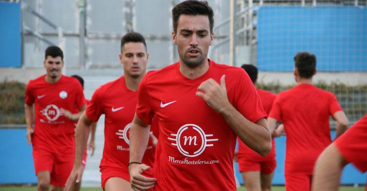Mario Sánchez entrenando con el Ciudad de Lucena. Foto: Ciudad de Lucena