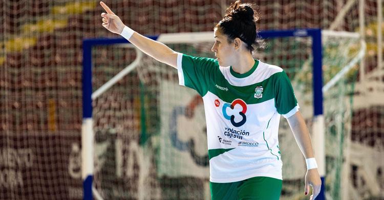 Rocío Gracia en un partido con el Cajasur Deportivo. Foto: Ismael Urbano