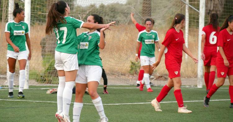 La celebración de uno de los tantos del Córdoba Femenino frente al Sevilla Femenina B. Foto: Córdoba Femenino