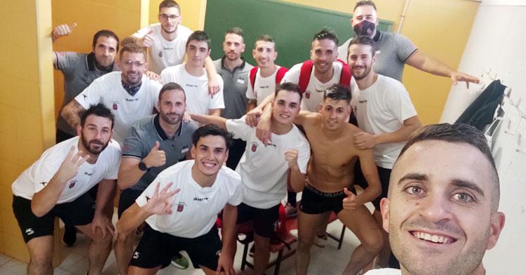 El selfie de la victoria en el debut del Beconet Bujalance FS