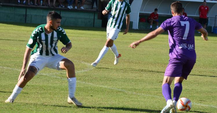 El Juventud Torremolinos viene de golear al Jaén. Foto: @supernene / Real Jaén CF
